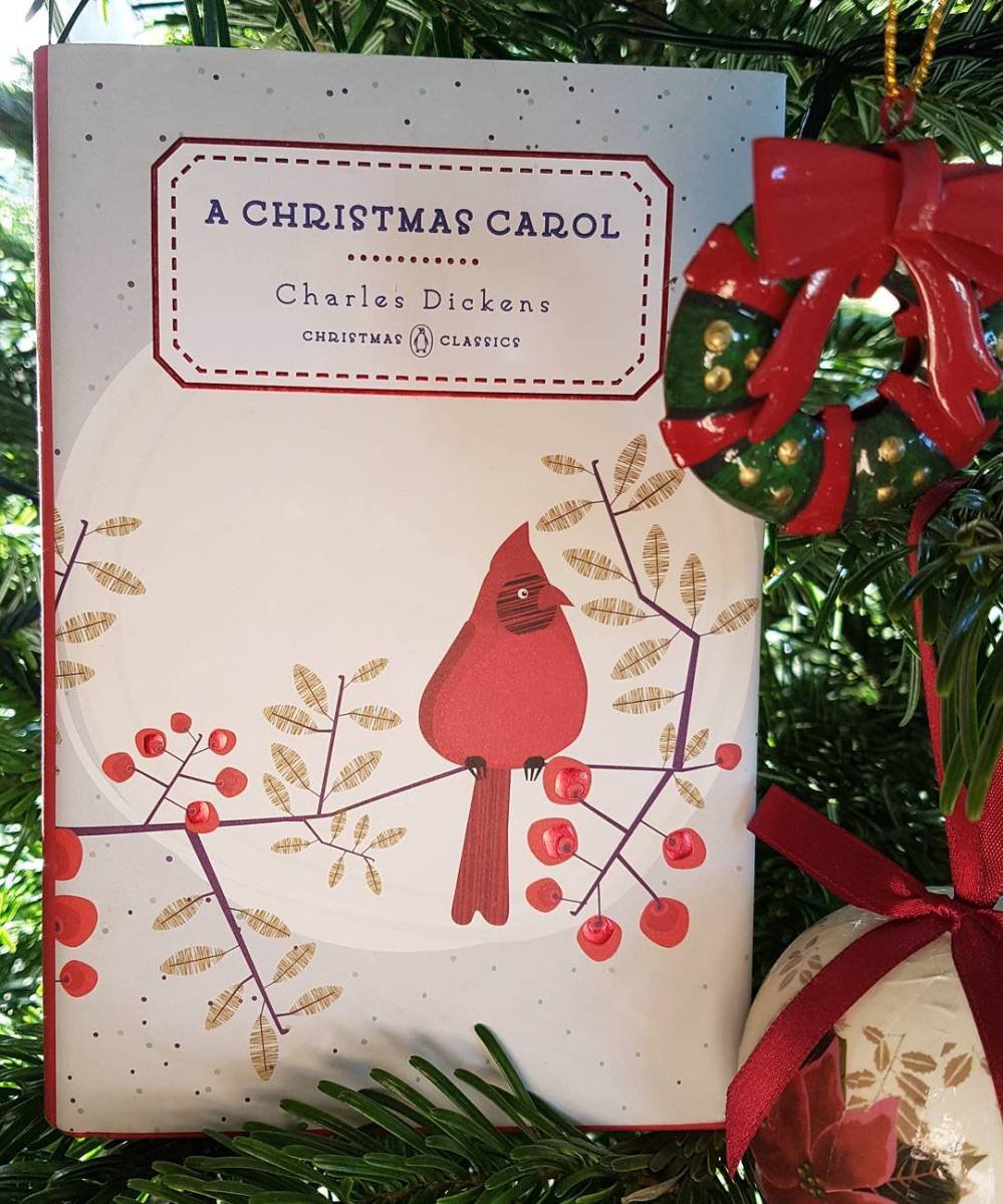 Book Review: A Christmas Carol by Charles Dickens – Escape From Reality